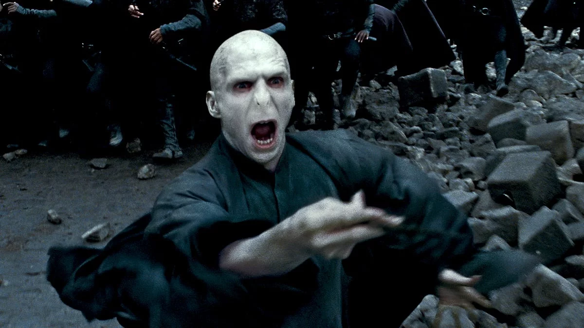 This Voldemort Sculpture Time Lapse Video Is Pure Magic