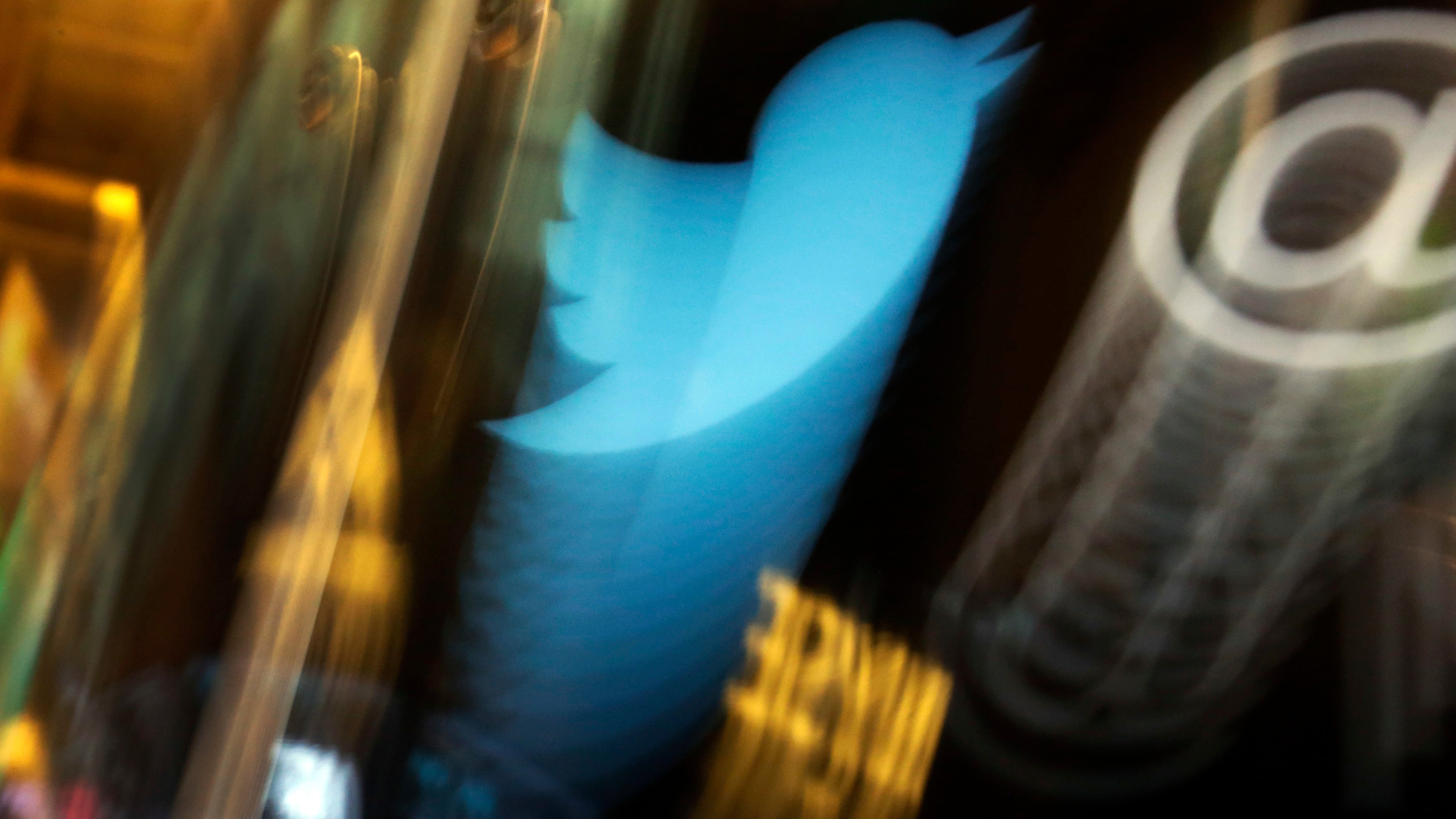 Twitter Briefly Tested A Feature Suggesting Who Users Should Unfollow