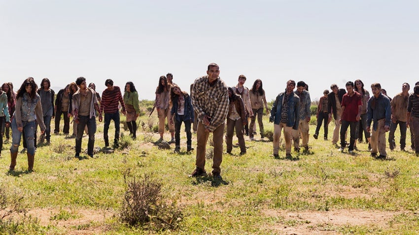 Zombie Survivors Search for Purpose in Fear The Walking Dead Featurette