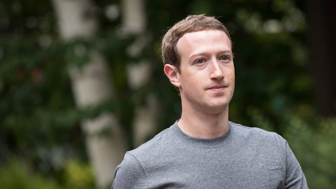 UK Tells Mark Zuckerberg To Get His Arse To London, Accuses Facebook Officials Of Being 'Misleading'