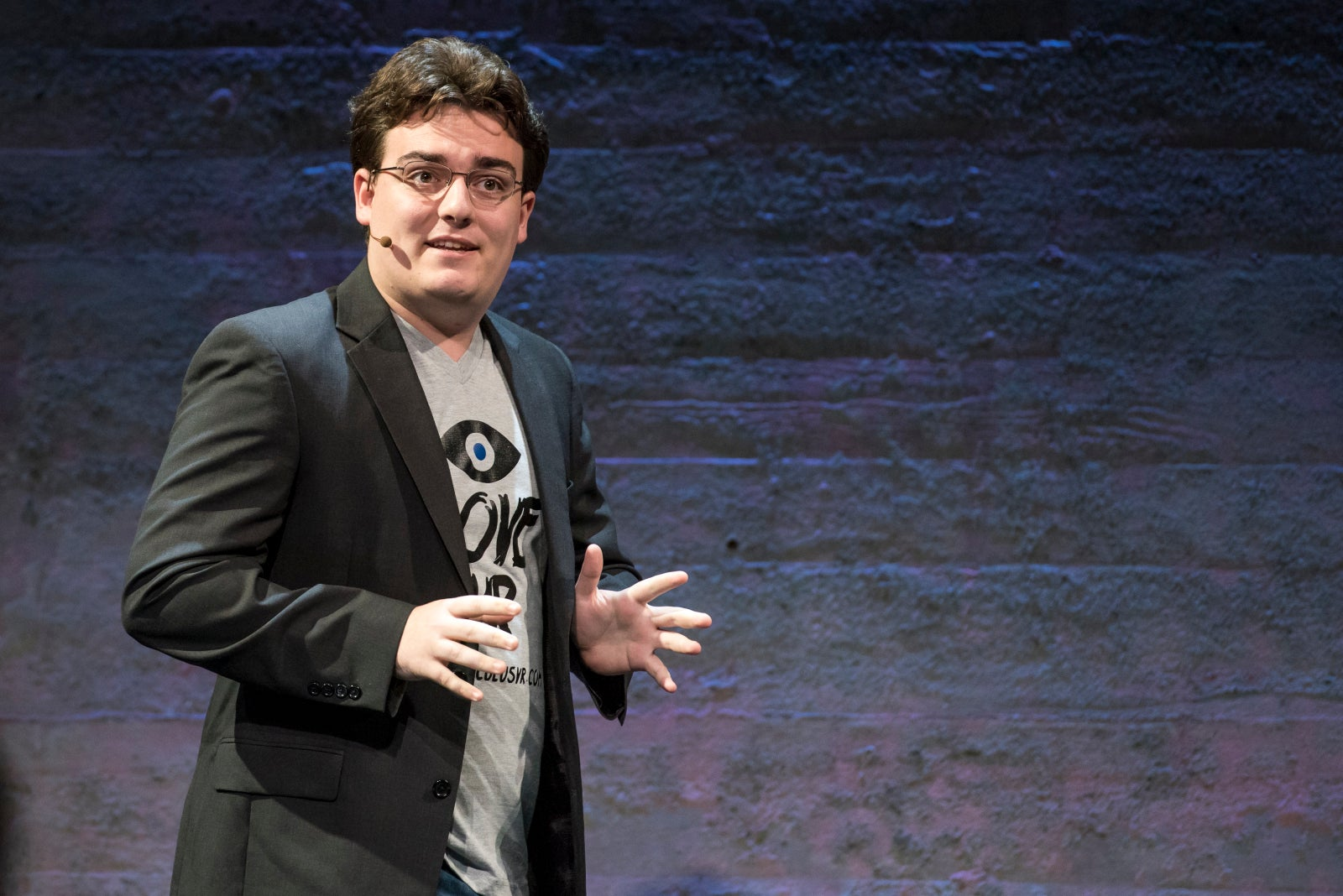Palmer Luckey Does Not Screw Around With His Gaming PC