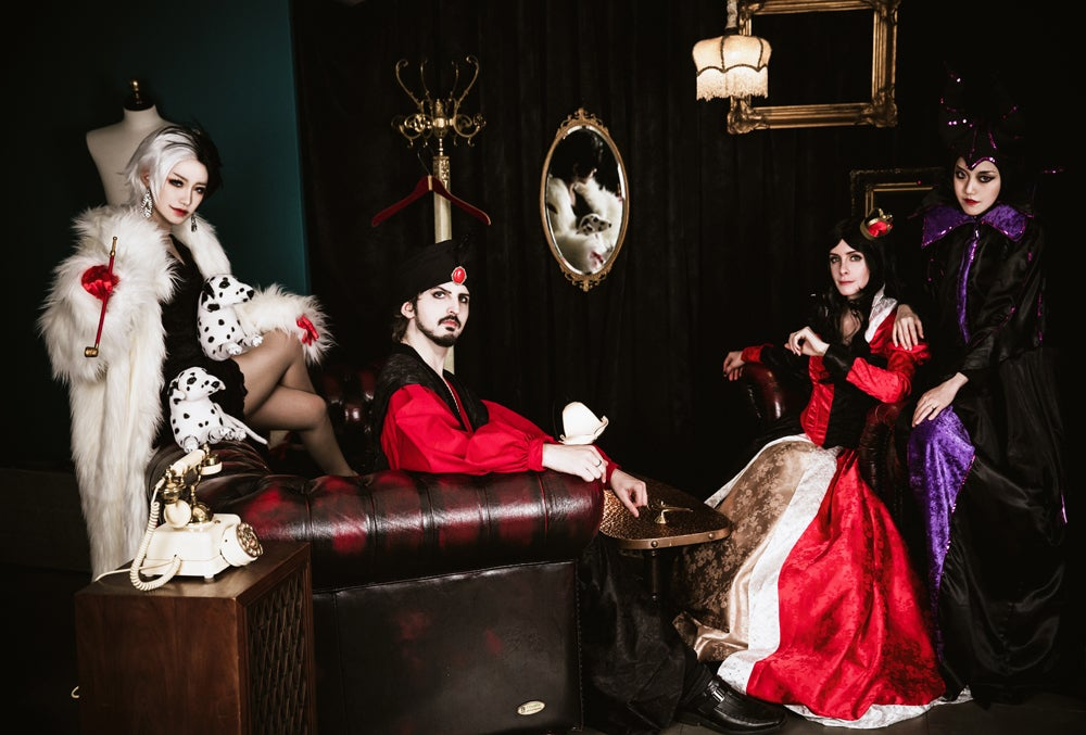 Disney Villains Get Together For Some Evil Scheming