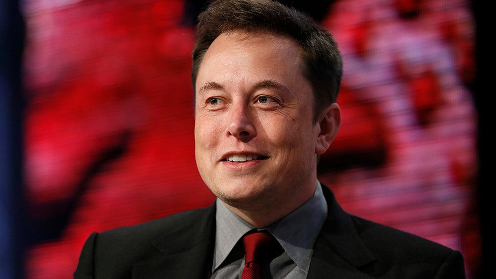 Gizmodo Chats With Elon Musk About Climate Change And Donald Trump
