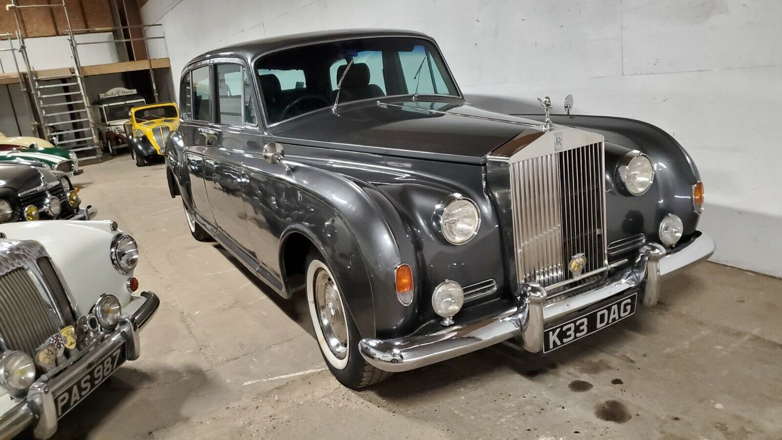 Real Trooper Mounts 1960 Rolls-Royce Phantom Body On Isuzu Chassis