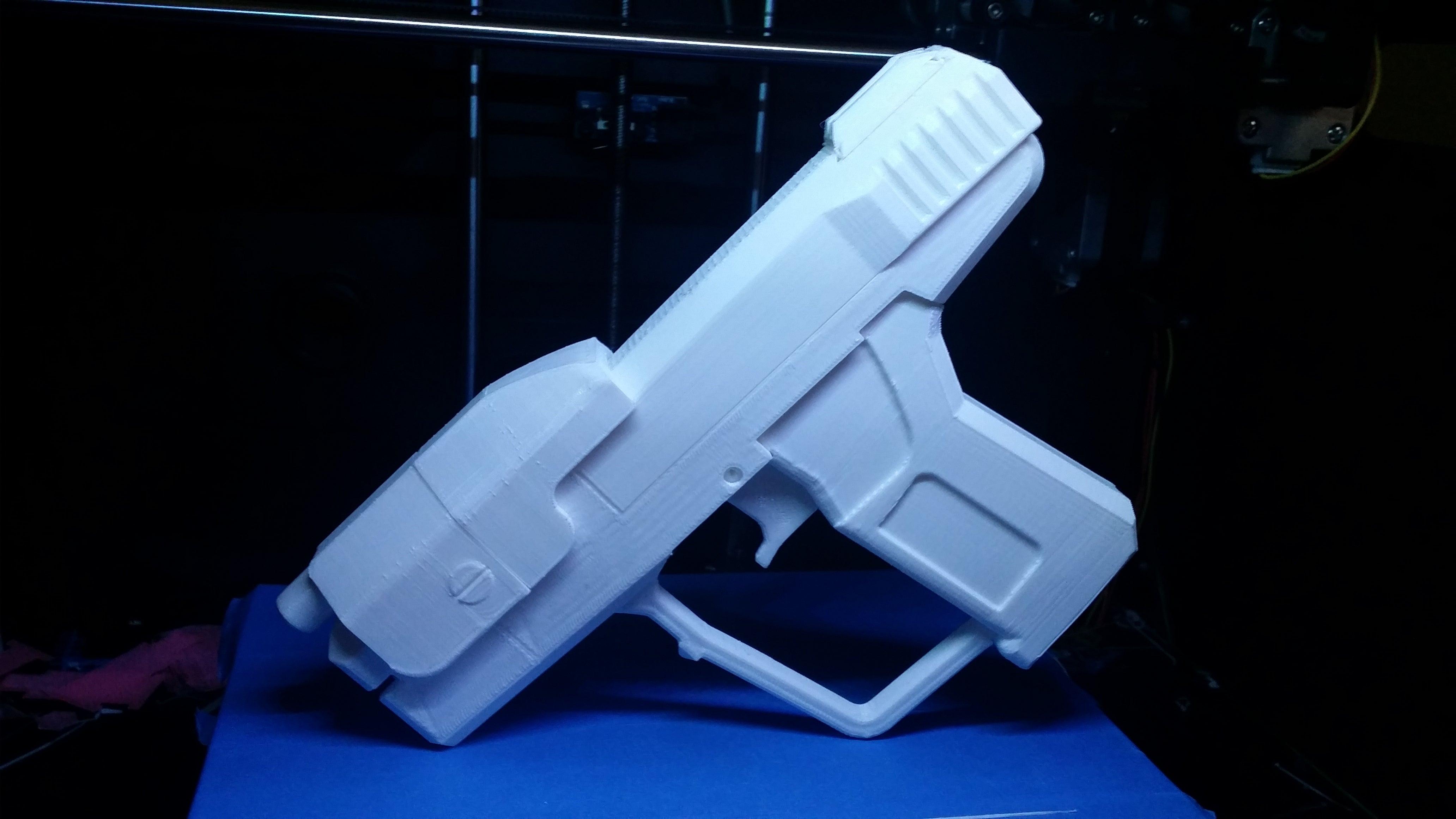 Somone 3D Printed The Halo 3 Magnum   Kotaku Australia