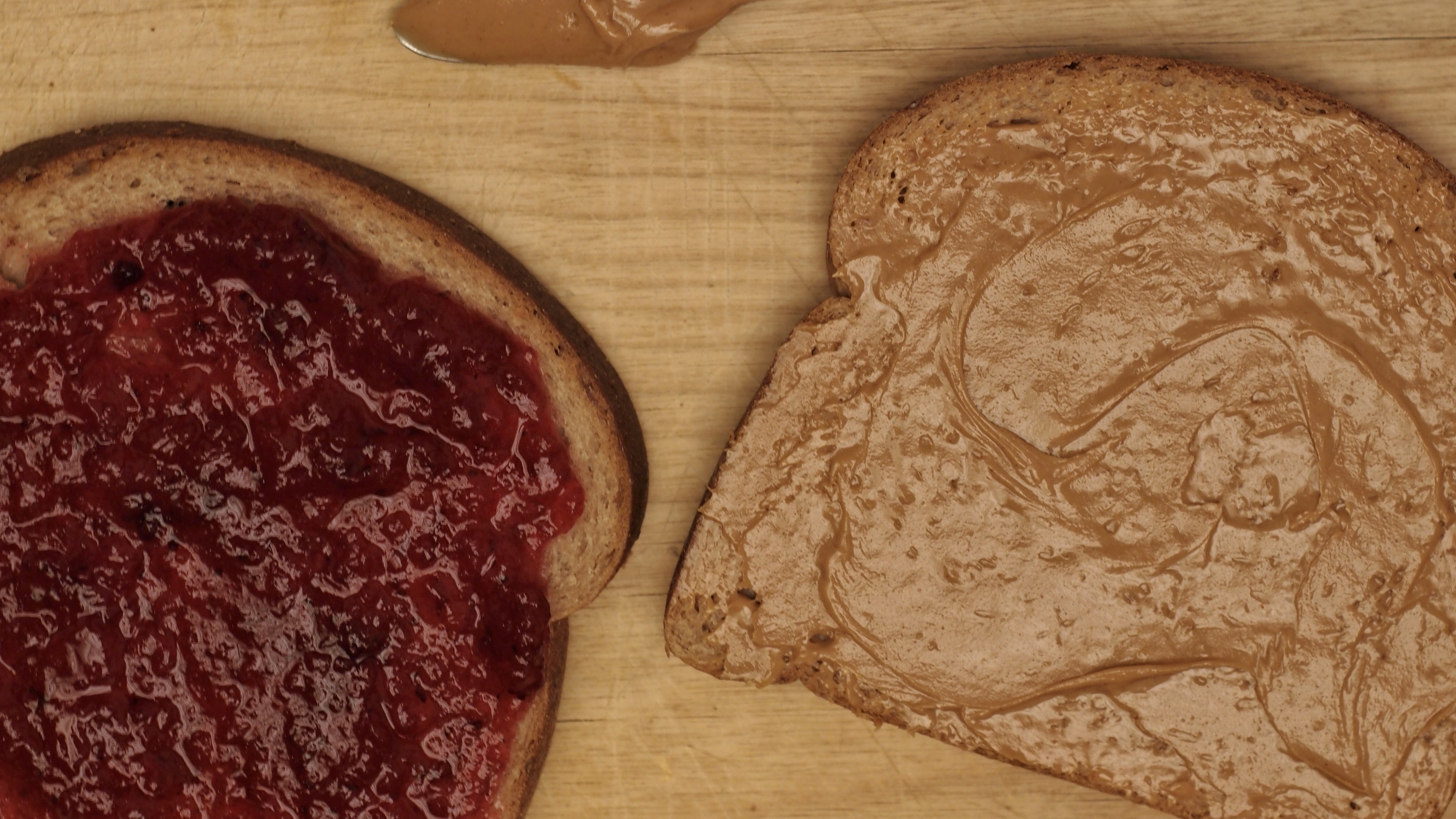 How To Make The Perfect PB&J Sandwich