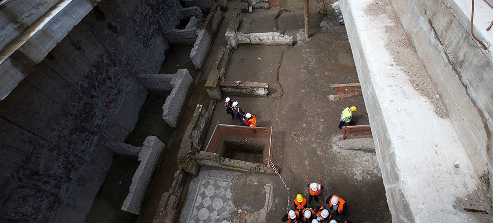 Construction Workers Discover Ancient Roman Ruins