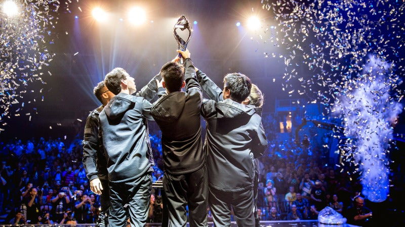 CLG And Their New AD Carry Beat Doublelift And Team SoloMid In NA League Of Legends Final