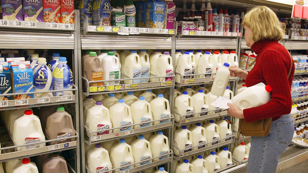 Big Dairy Pays Out Big Bucks To US Milk Lovers Over Alleged Conspiracy To Kill 500,000 Cows