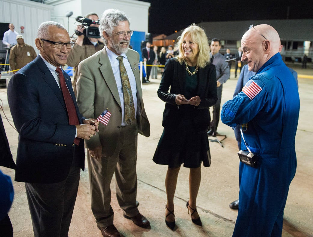 Is NASA's Scott Kelly Allowed to Take His Blue Jumpsuit Off?