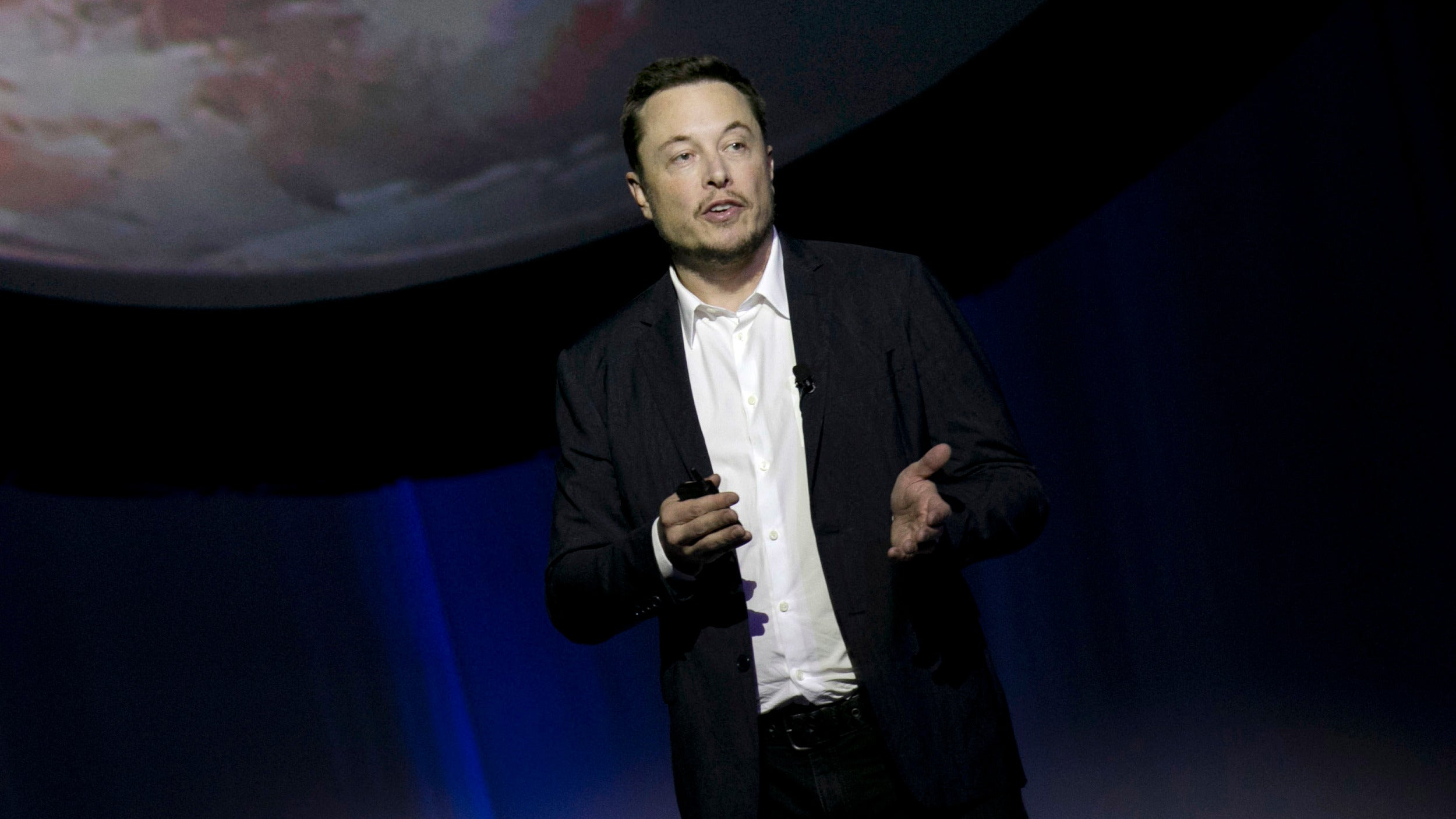 Watch Elon Musk Announce How He'll Colonise Mars And The Moon