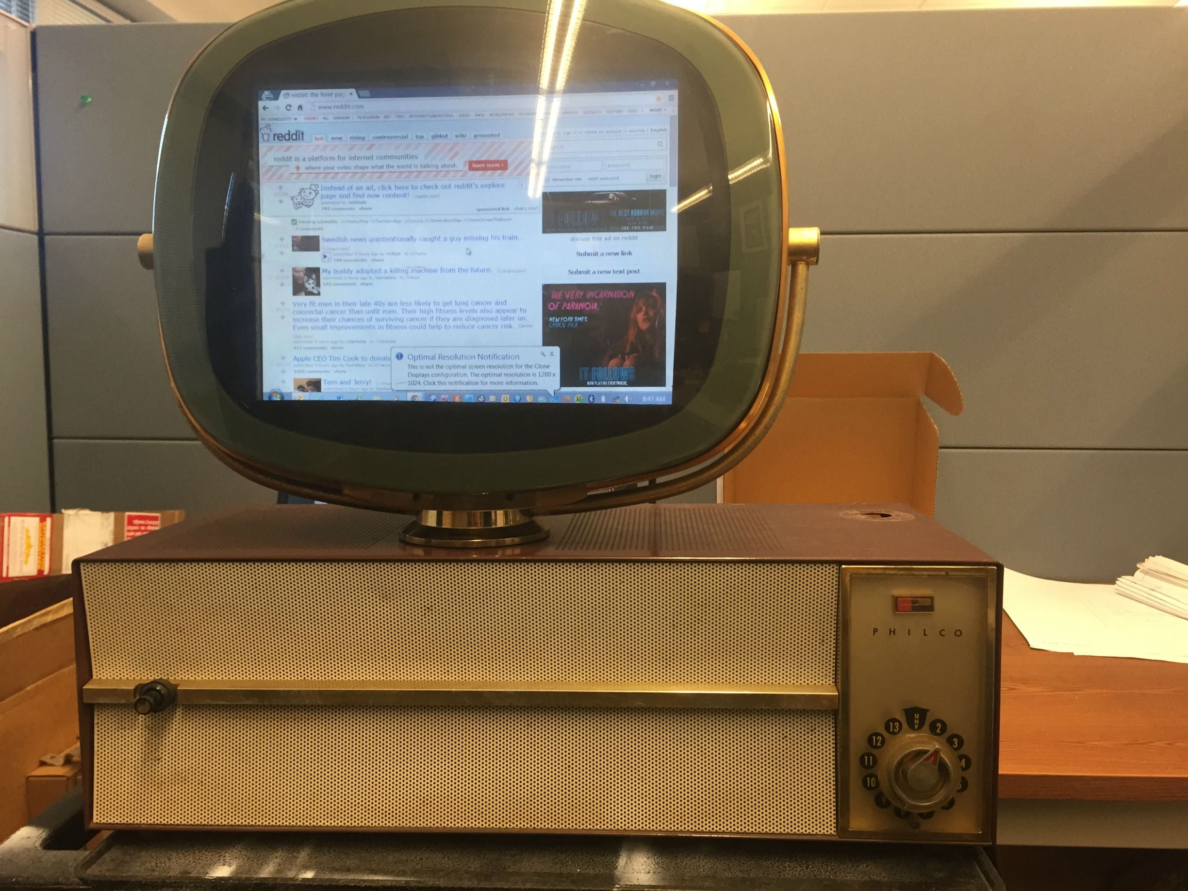 There's a Modern TV Hidden Inside This Classic 1950s Philco Predicta