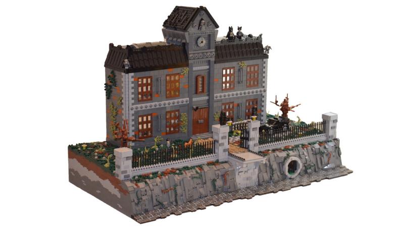 18,000-Piece LEGO Arkham Asylum Has A Cell For Everyone
