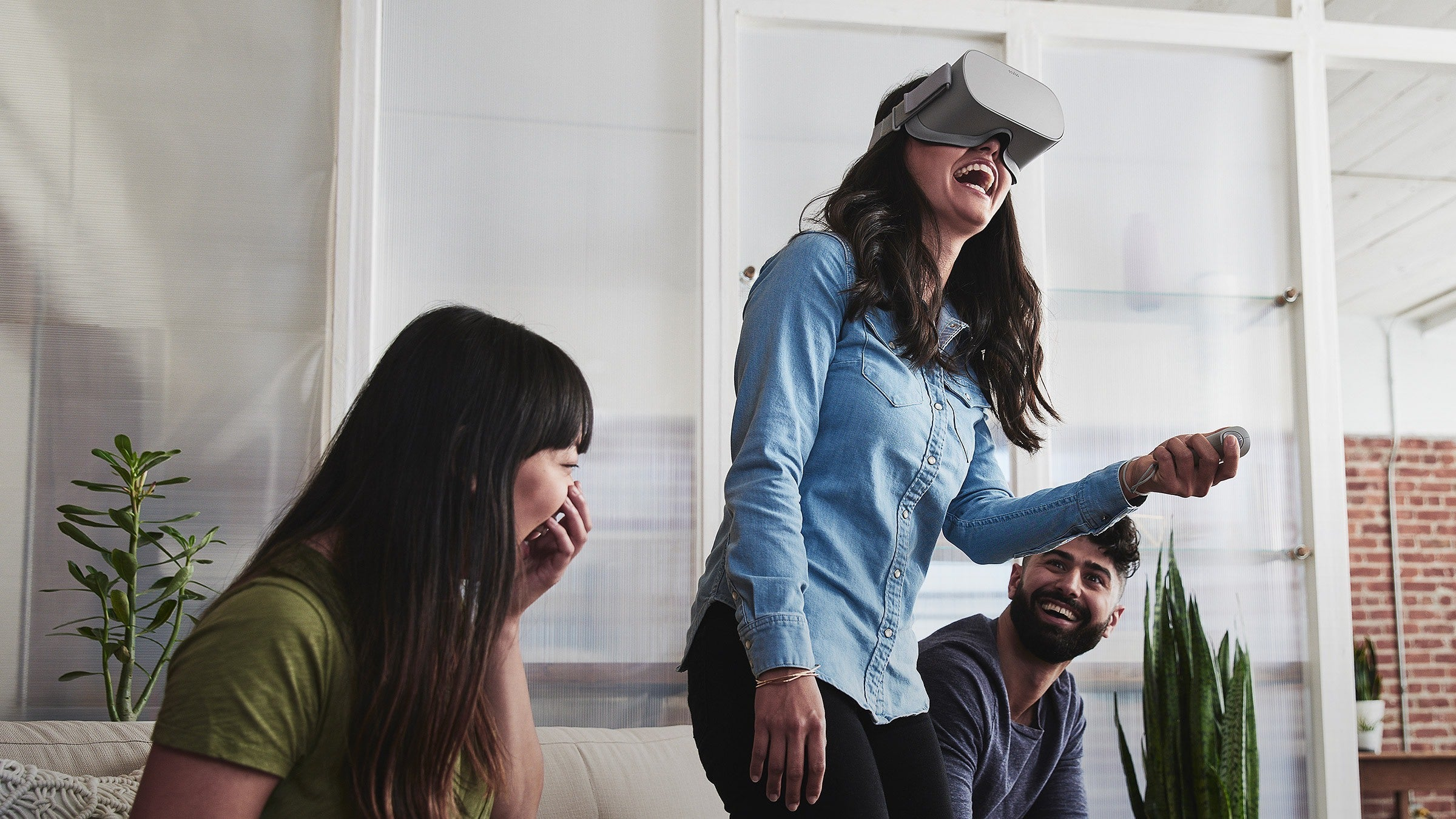 You Can Now Buy Facebook's Phone-Free Oculus Go VR Headset