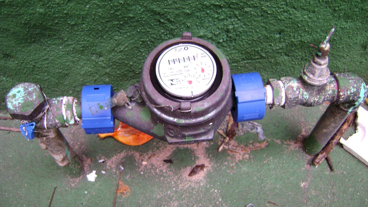Measure Your Water Usage For Leaks to Keep Your Bill Low