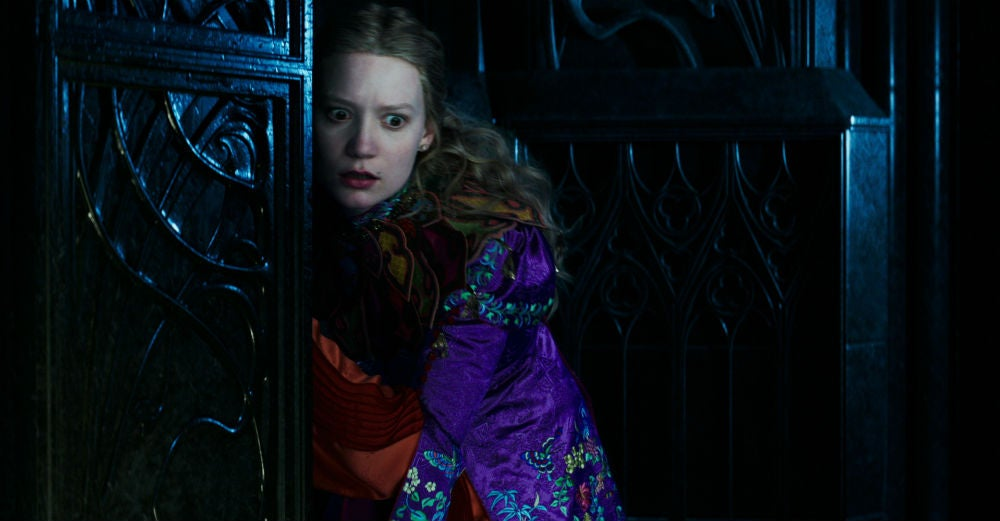 Alice Through the Looking Glass Is an Ambitious But Completely Inessential Sequel