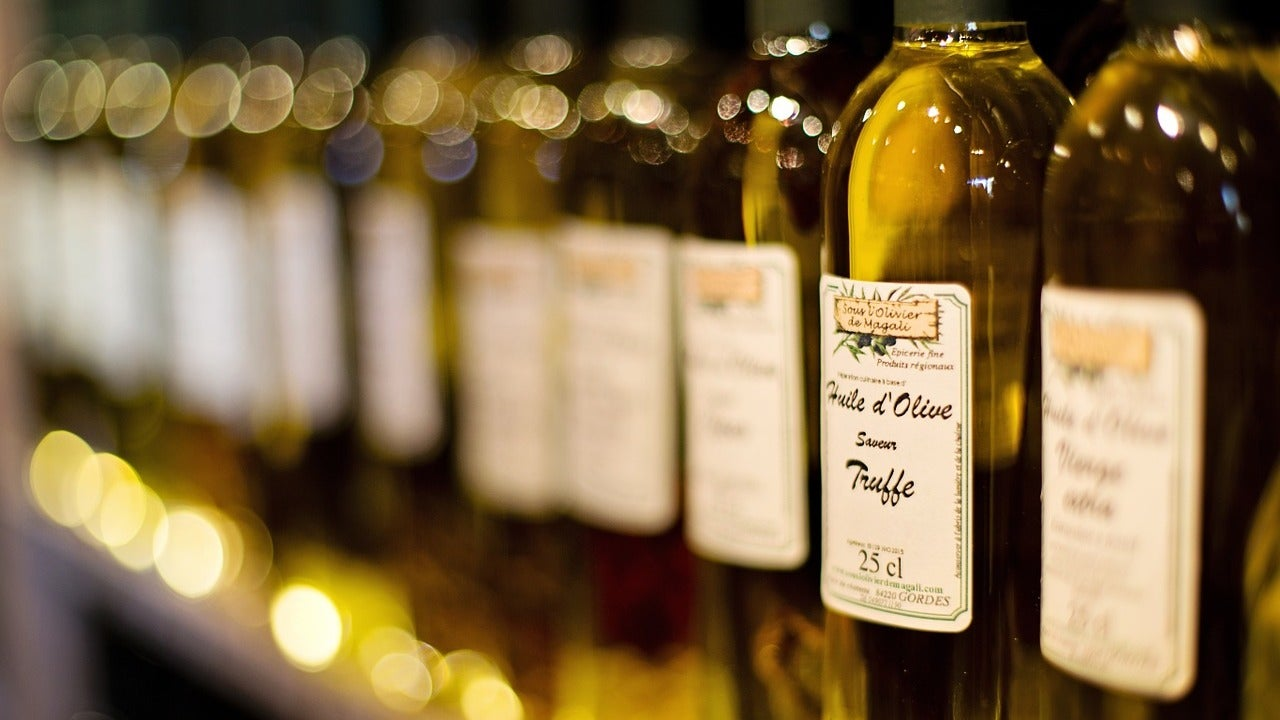 The Chemistry Of Olive Oil Will Make You An Instant Food Snob