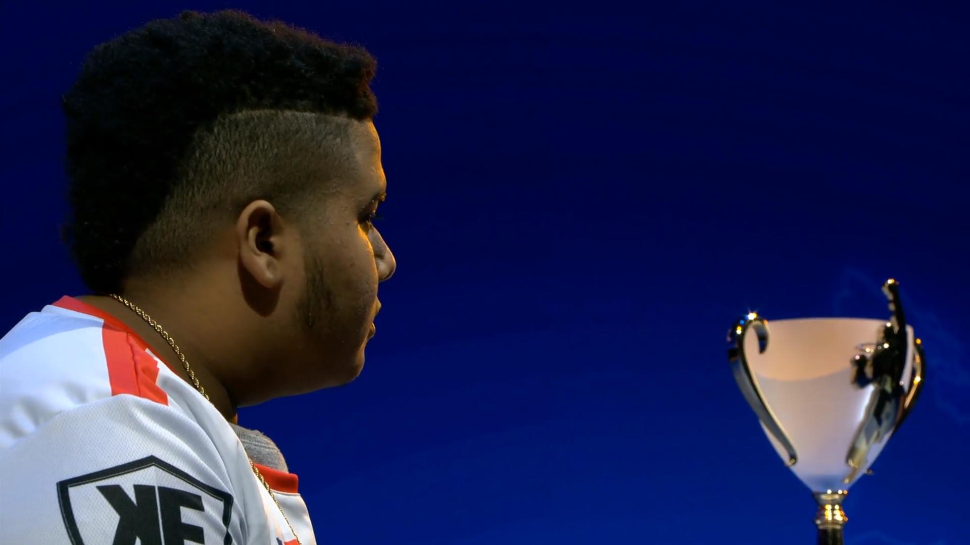 Saul Mena Takes Down Evo Champ To Win $332K Capcom Cup