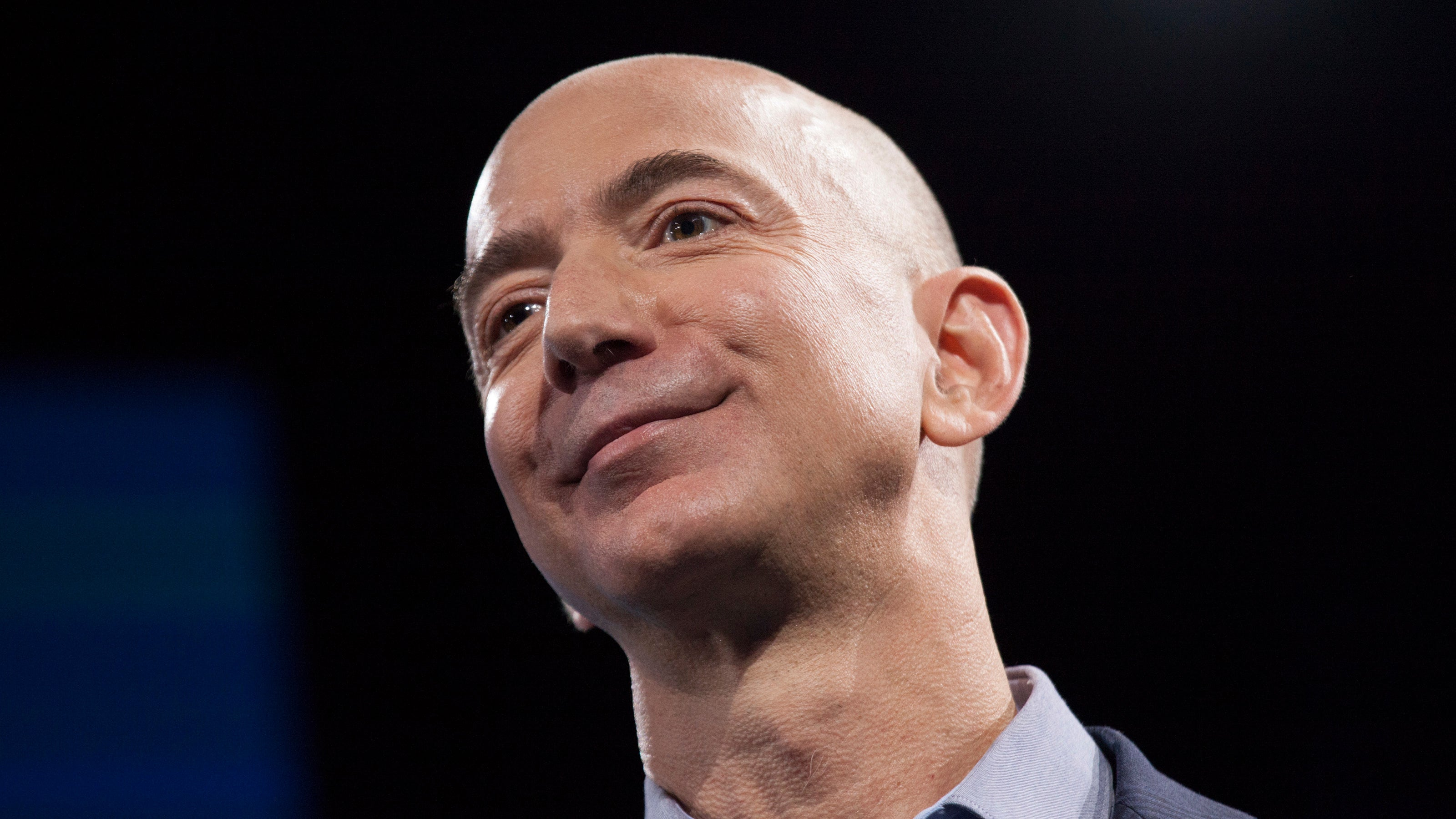 Jeff Bezos Surges Ahead Of Bill Gates To Become World's Richest Rich Guy