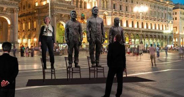 Julian Assange Is Crowdfunding a Life-Size Statue of Himself