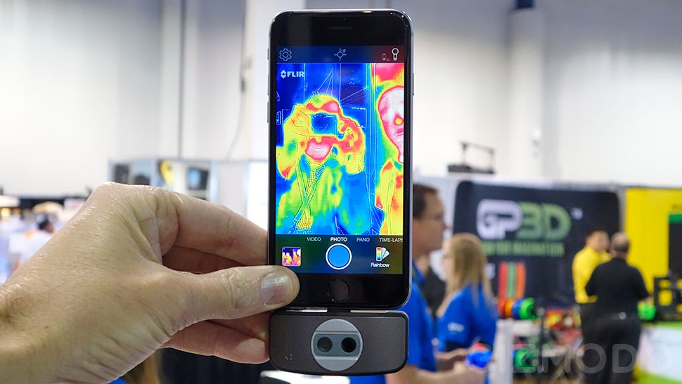 FLIR's New Tiny Predator-Vision Thermal Camera Now Fits Any Device