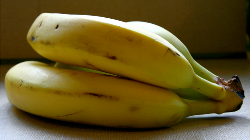 It's Not Impossible To Peel A Frozen Banana
