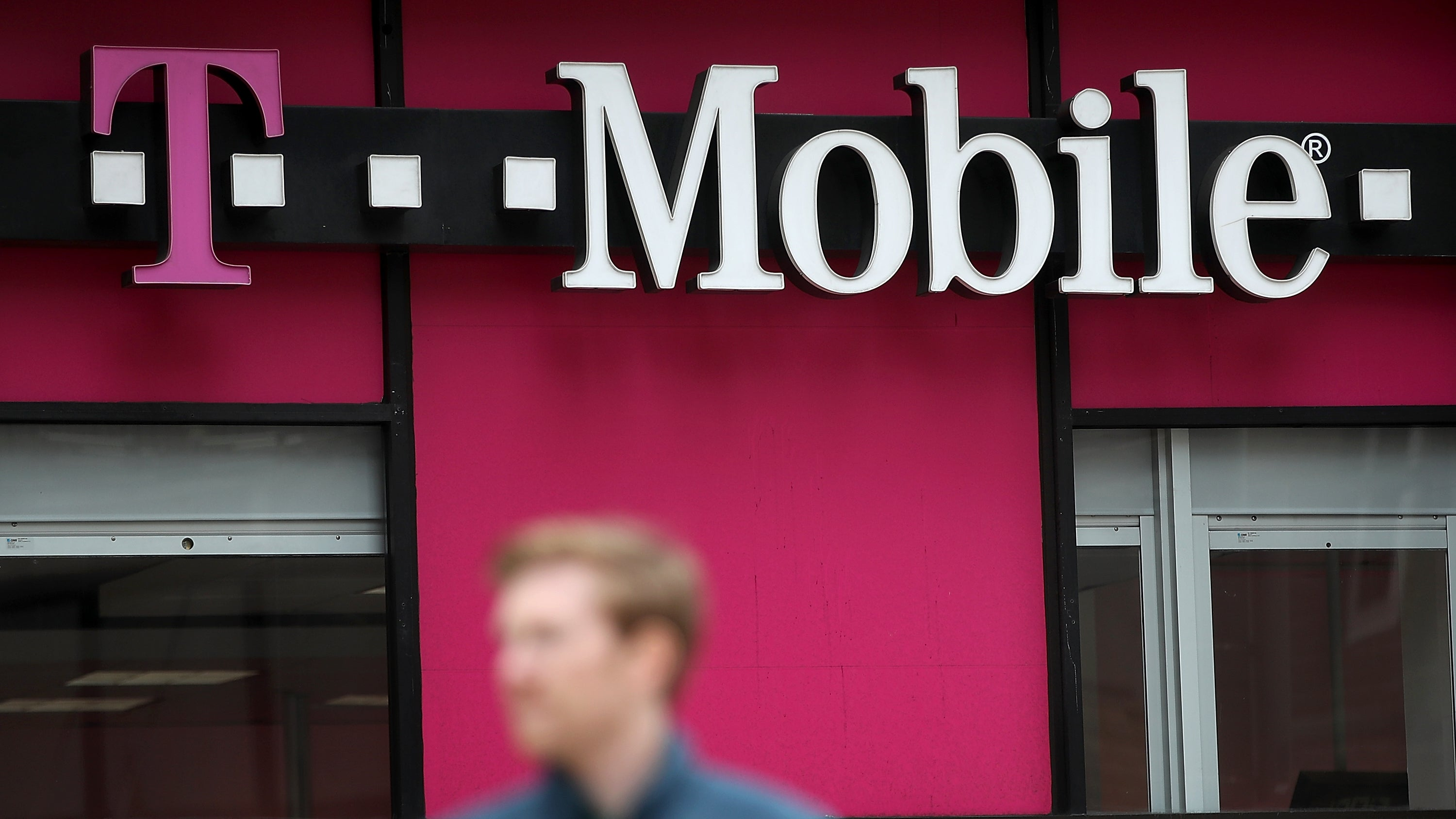 Bug reportedly exposed T-Mobile customers' personal data""