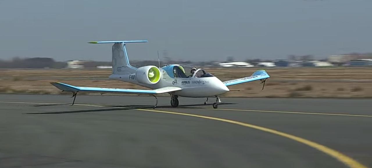 Airbus's Electric Aeroplane Prototype Is Eerily Silent in Flight