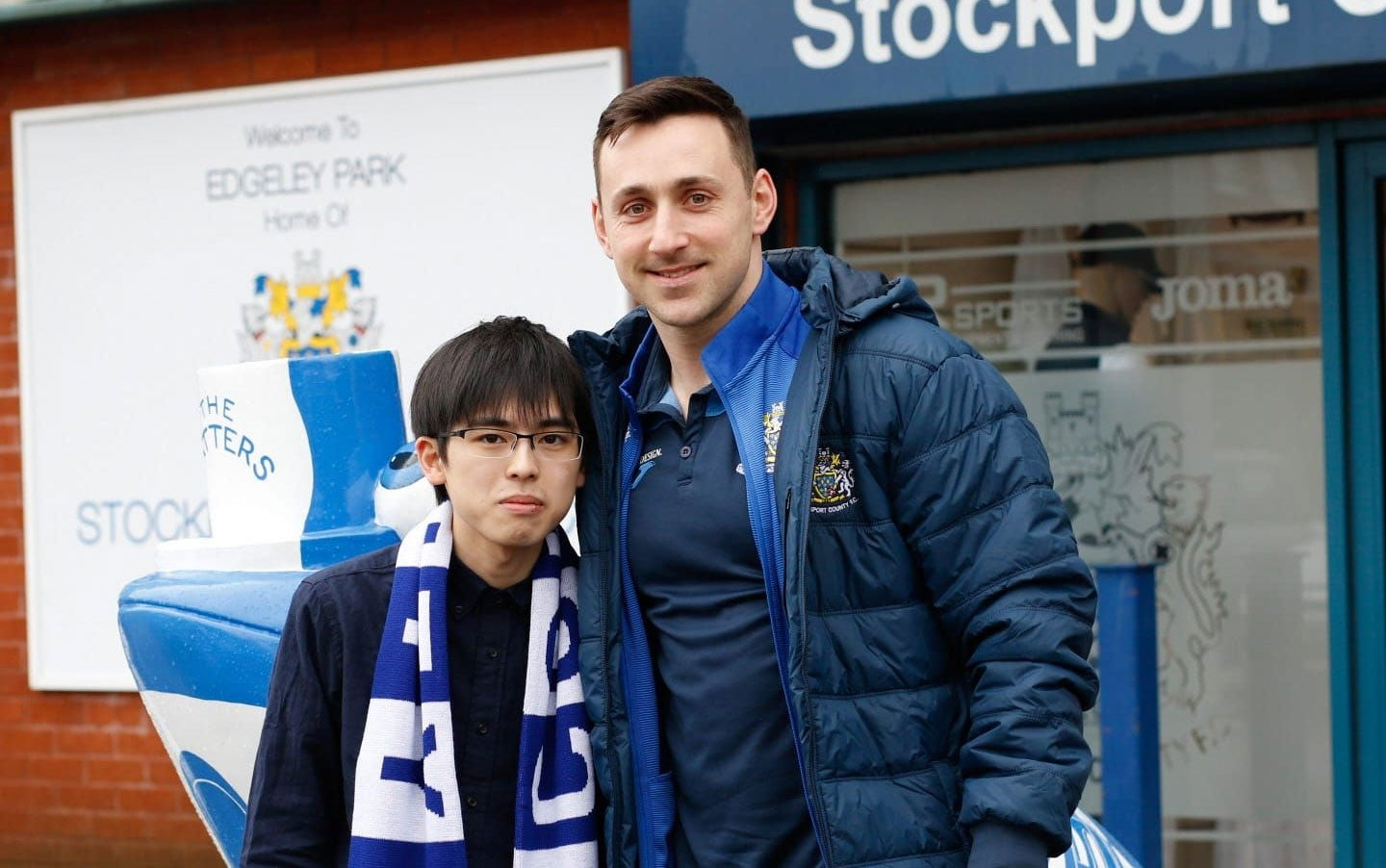Japanese FIFA Fan Travels To England To Watch Non-League Team