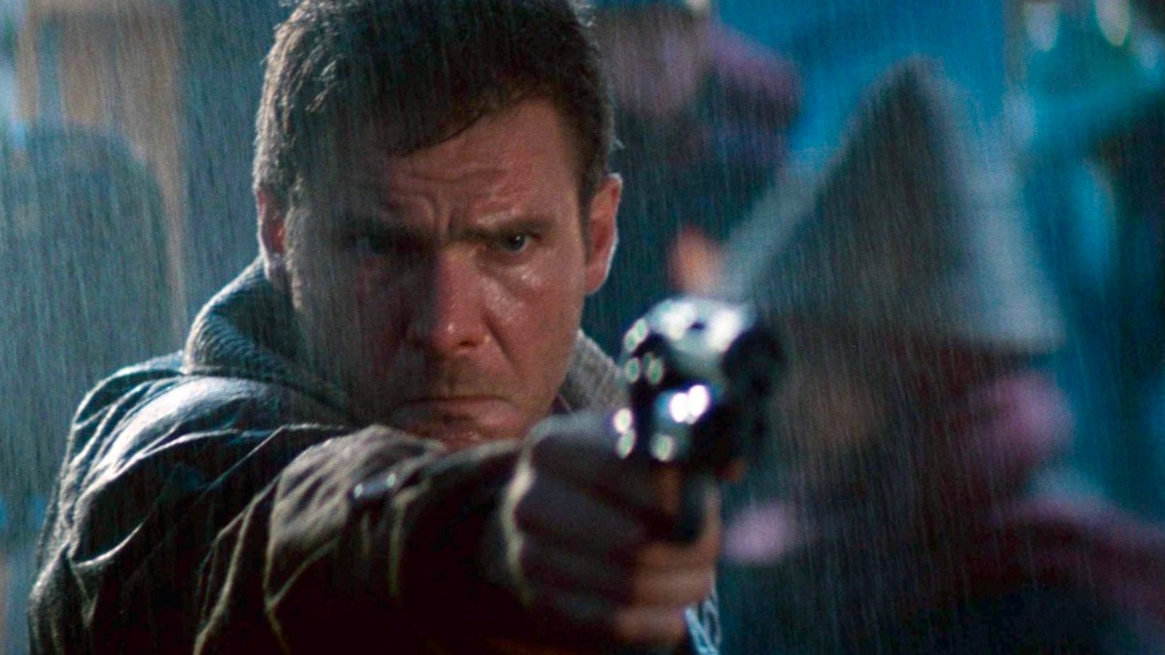 We Made Two People Watch Blade Runner for The First Time, And Here's What They Thought