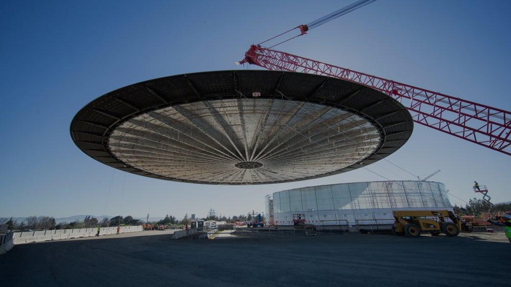 Apple's Flying Saucer Sucks