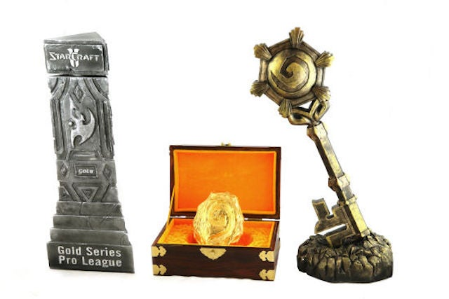 The 2014 Hearthstone Championship Trophy Is An Egg