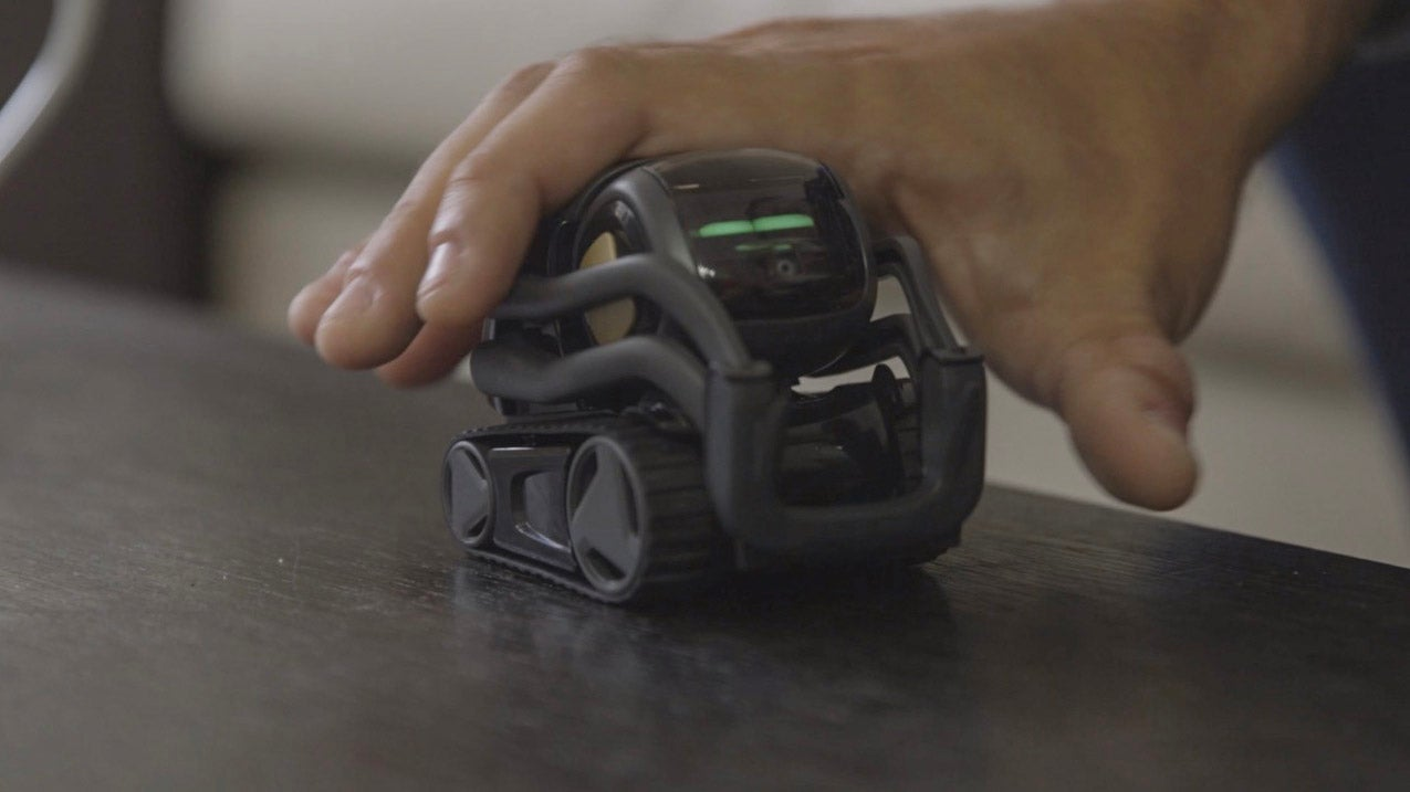 I Kind Of Want This Tiny Robot To Control My Home | Gizmodo