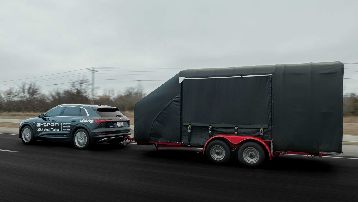 An Audi E-Tron Towed A GM EV1 From Tulsa To Austin, Range Was Affected
