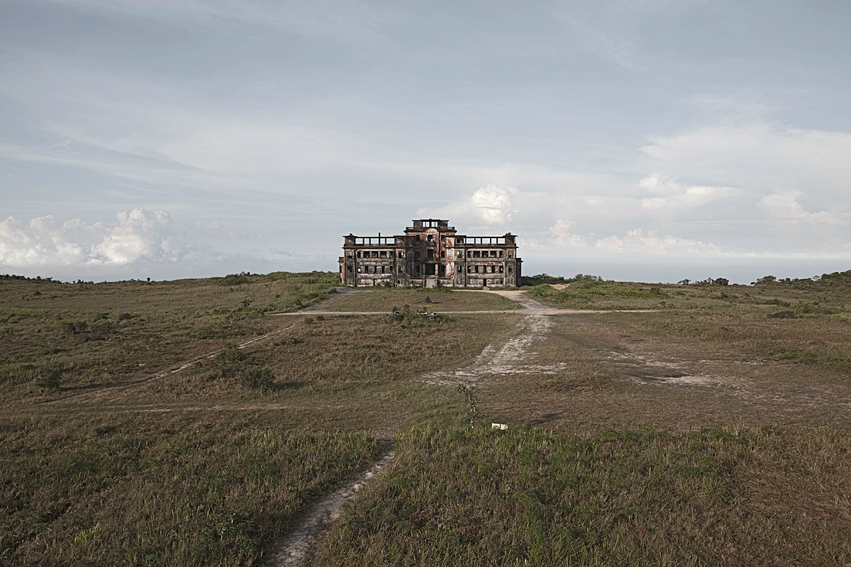 The Eerie Ruins of 11 Abandoned Hotels