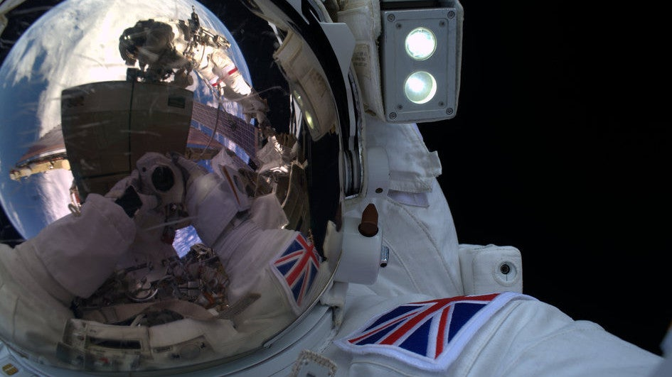 Even Astronauts Take Selfies When They Go For a Spacewalk