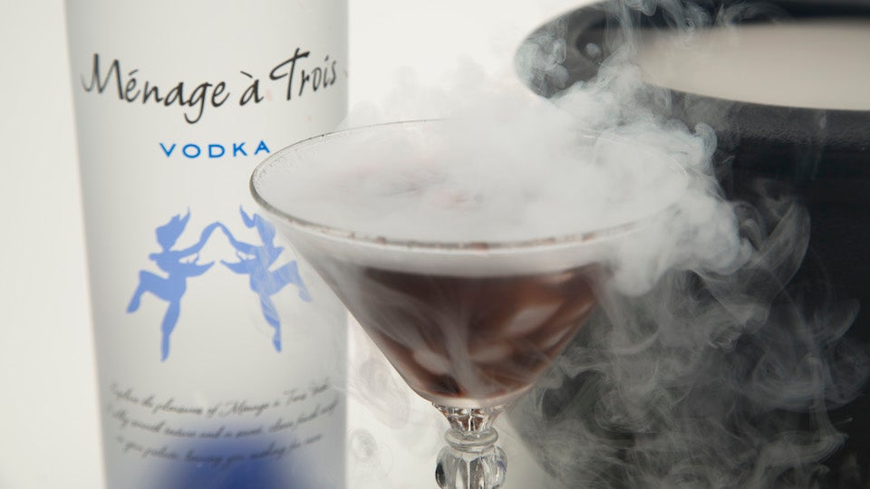 Morphing Cocktails Are the Perfect Halloween BOOze
