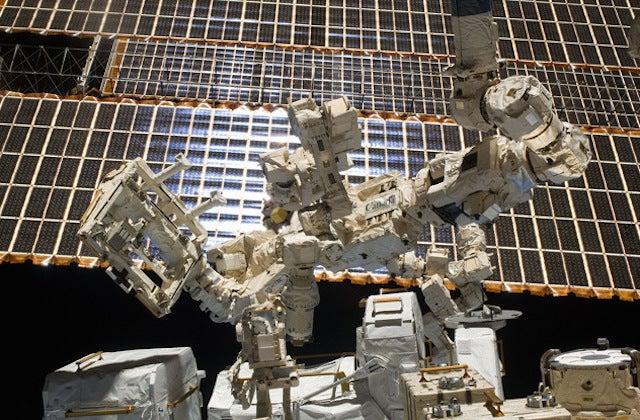 10 Strange Projects In Development At NASA