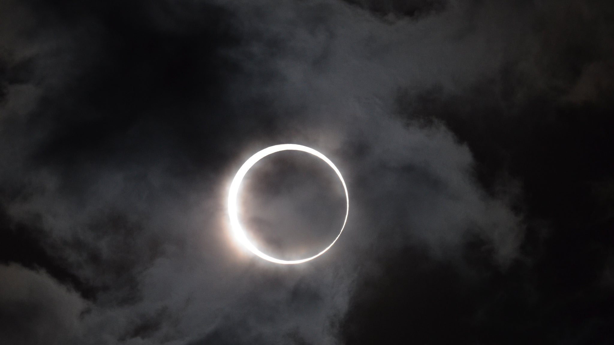 So, Was The Eclipse All It Was Cracked Up To Be? | Lifehacker Australia