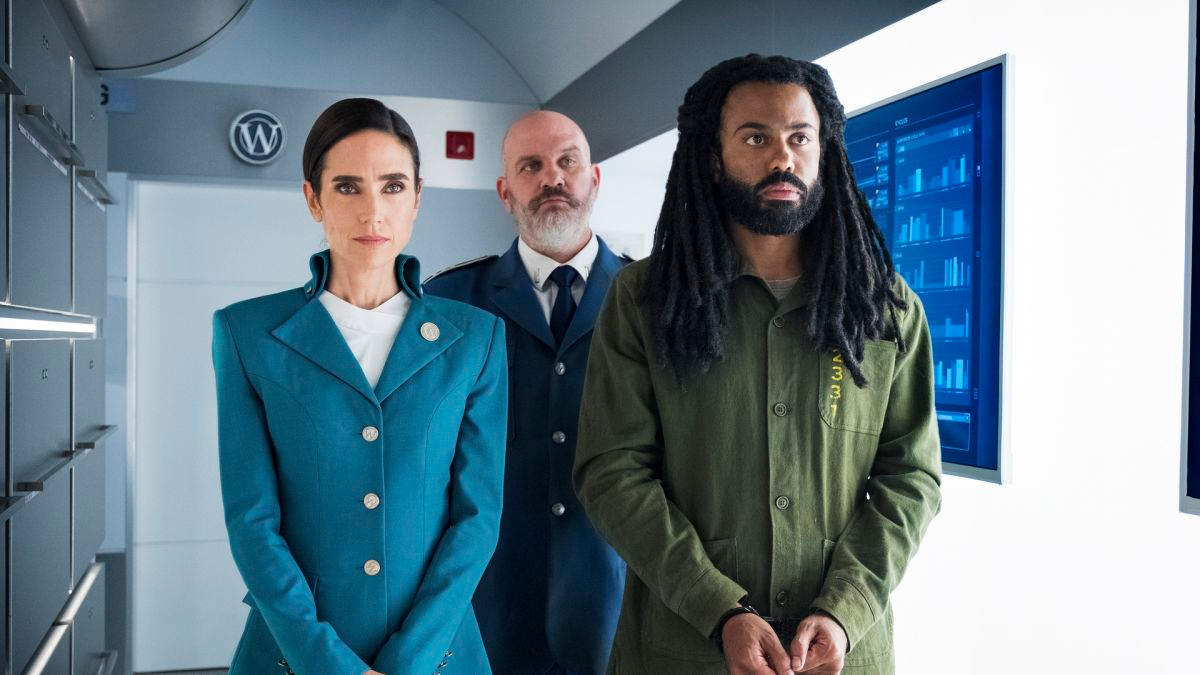 Snowpiercer's Showrunner Hopes The Show Will Provide Timely Insight Into Modern Traumas
