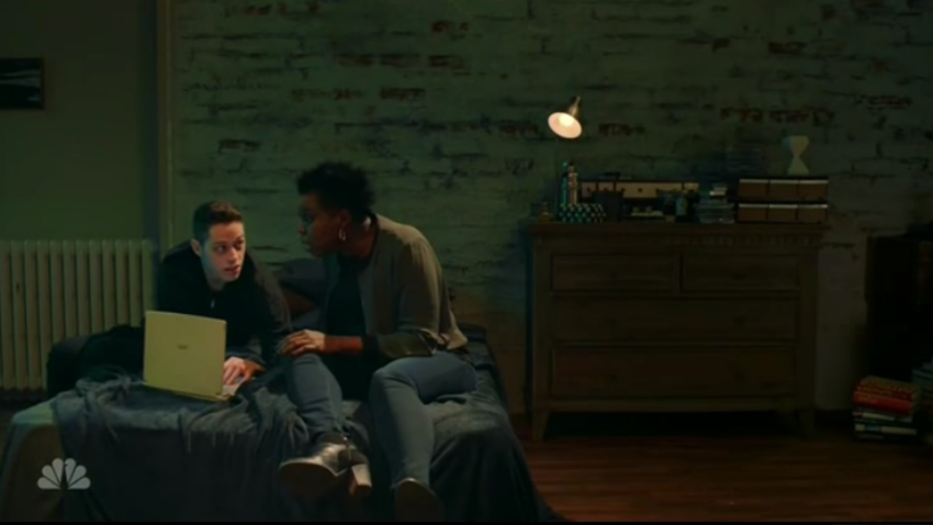 Leslie Jones And Mr. Robot Find Out Who Hacked Her Pics InSNL Sketch