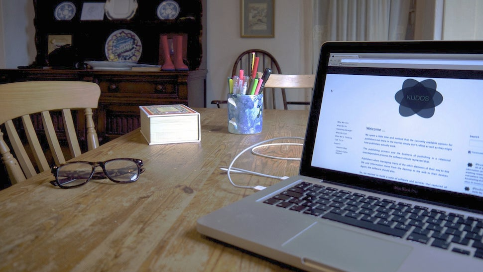 How to Work from Home Effectively When You're Short On Space