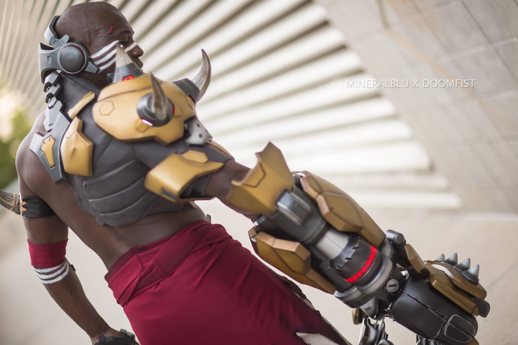 Blizzard's Official Doomfist Cosplay Is Incredible