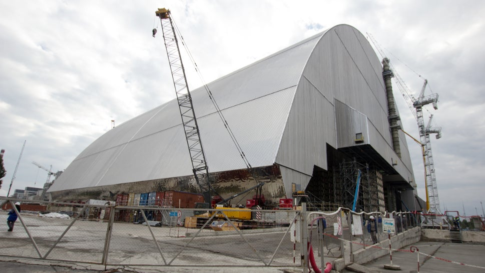 Chernobyl'sGigantic Radiation Shield Is Now Being Moved Into Place