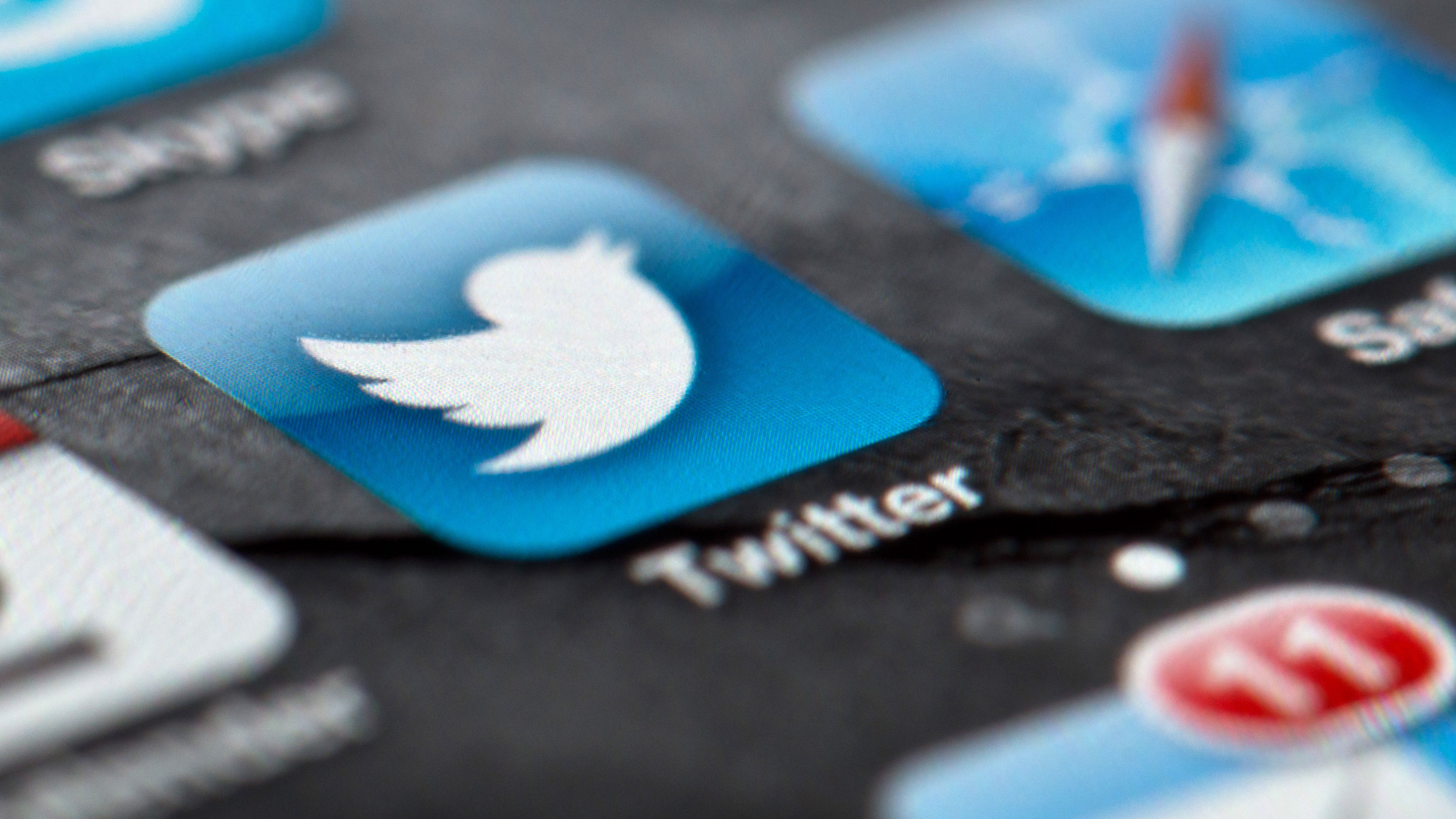 Twitter Bug That 'May Have' Exposed Direct Messages Probably Didn't Expose Anything