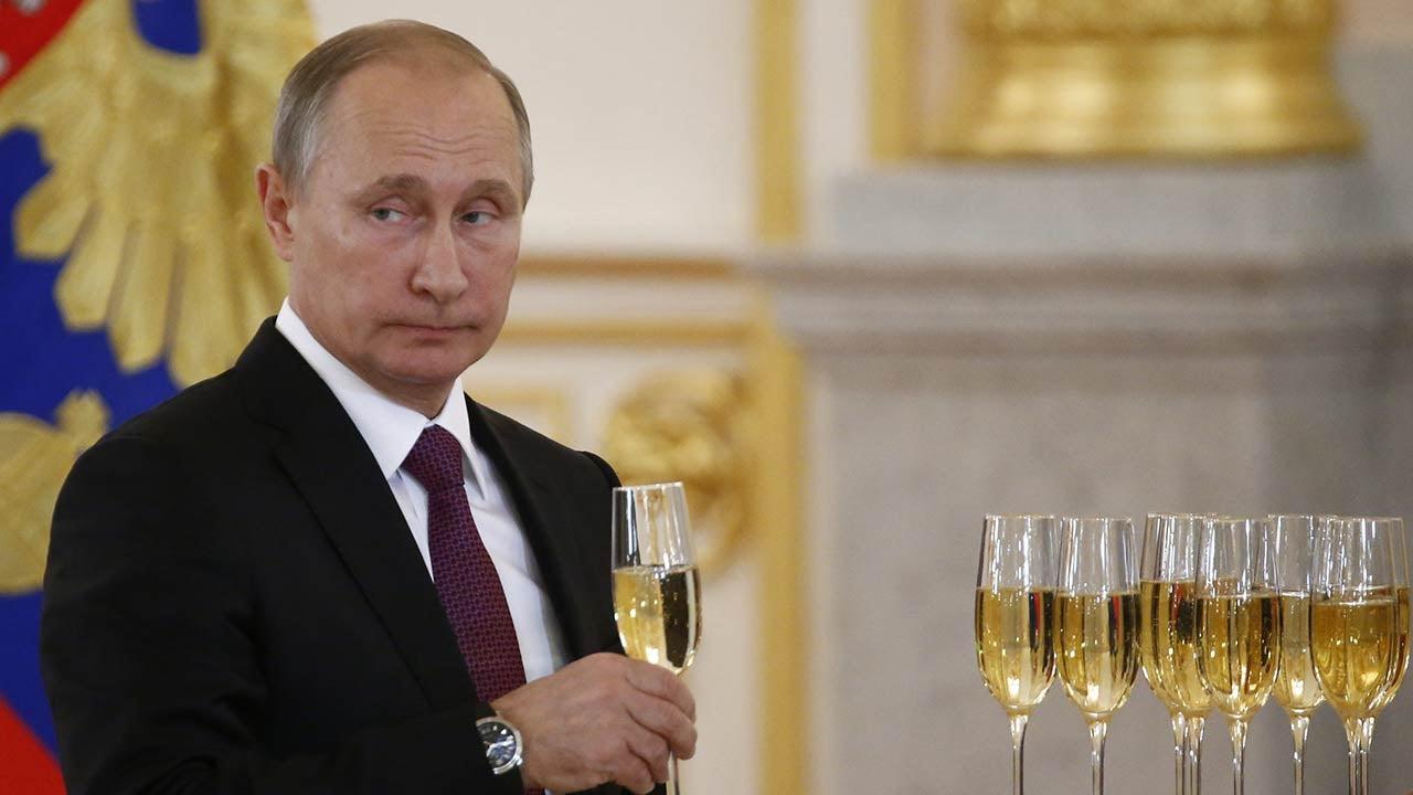 Vladimir Putin Congratulates Donald Trump Via Telegram