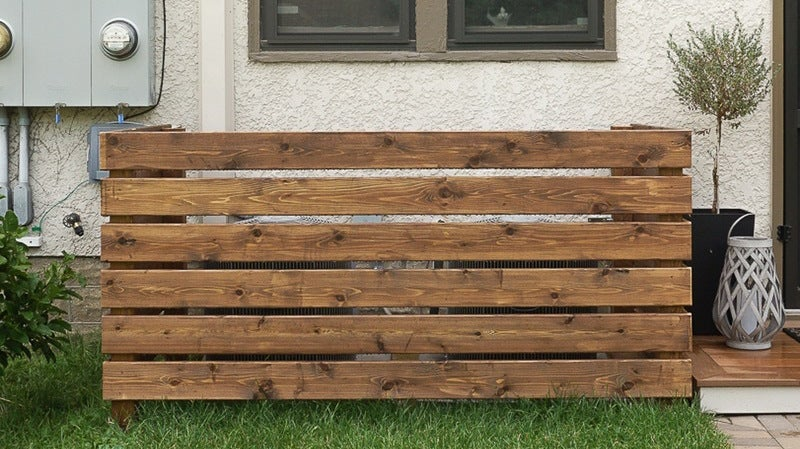 This DIY Screen Hides Bulky AC Units, Storage, or Trash Bins in Your Yard
