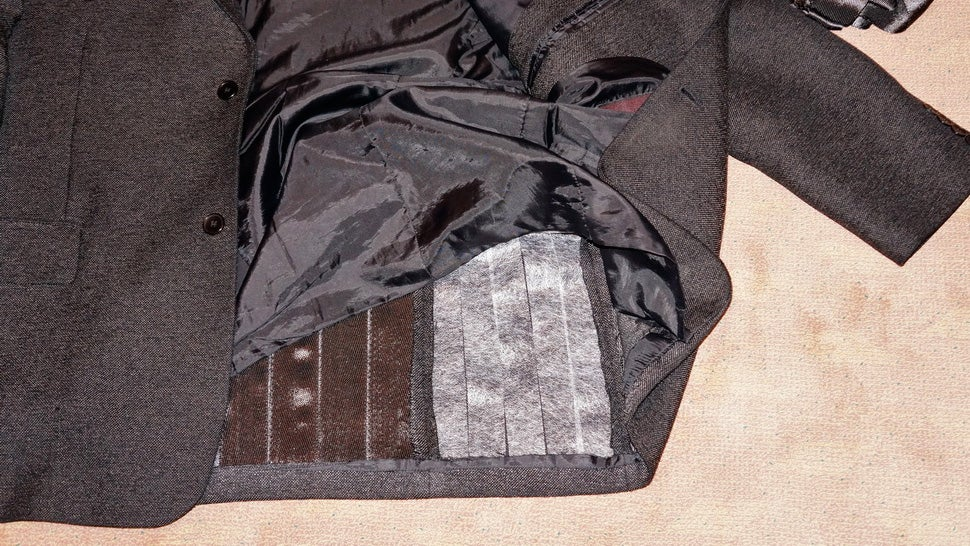 If You Want To Be Immune To Tasers Just Wear Carbon Fibre Clothing