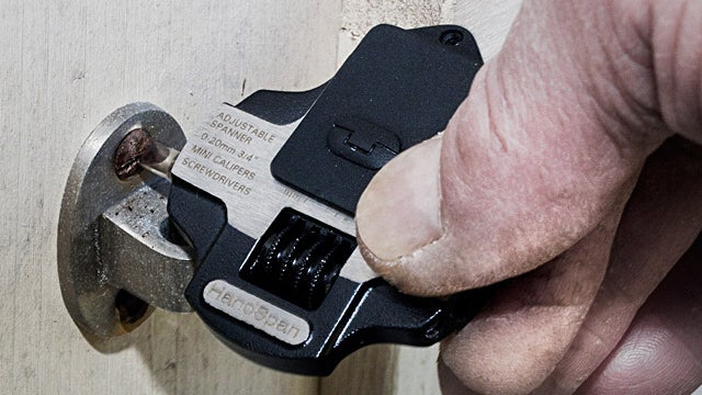 An Adjustable Wrench Keychain Puts a Toolbox In Your Pocket