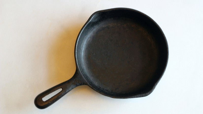 Restore A Rusty Old Cast Iron Frying Pan